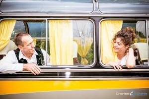 Hochzeitsbilder im Oldtimer Bus