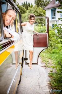 Hochzeit im Oldtimer Bus