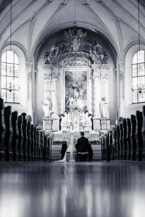 Hochzeitsfotograf Dachau in der Kirche