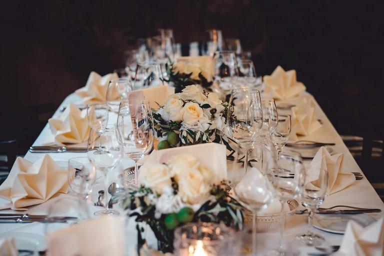 Hochzeitsfotograf Standesamt München - Tischdekoration
